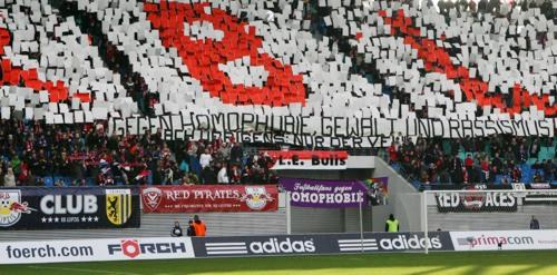 'Unpolitische' Choreographie gegen Homophobie einst bei einem Spiel gegen den Halleschen FC. | © GEPA pictures/ Sven Sonntag