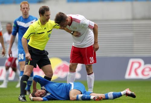 Stefan Kutschke wie man ihn kennt: Immer mit mindestens 100% unterwegs | © GEPA pictures/ Roger Petzsche