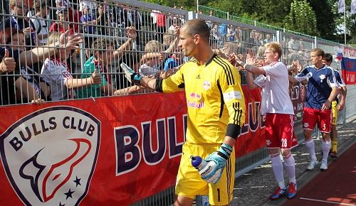 Der zurecht gefeierte Held von Neustrelitz - Fabian Coltorti, Keeper von RB Leipzig | © GEPA pictures/ Roger Petzsche