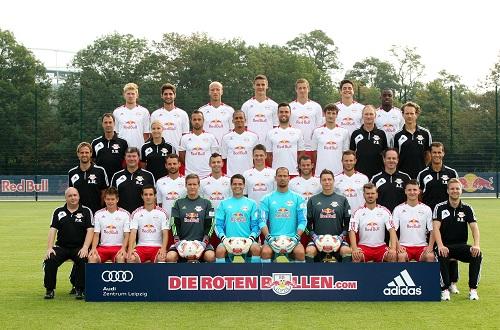 A new star is born - RB Leipzig in der Saison 2012/2013 (ohne den verletzten Umut Kocin) | © GEPA pictures/ Roger Petzsche