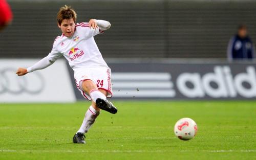 Dominik Kaiser hat sechs Jahre lang für RB Leipzig die Knochen hingehalten. Am Saisonende geht er erhobenen Hauptes durch die Vordertür. | GEPA-Pictures – Roger Petzsche