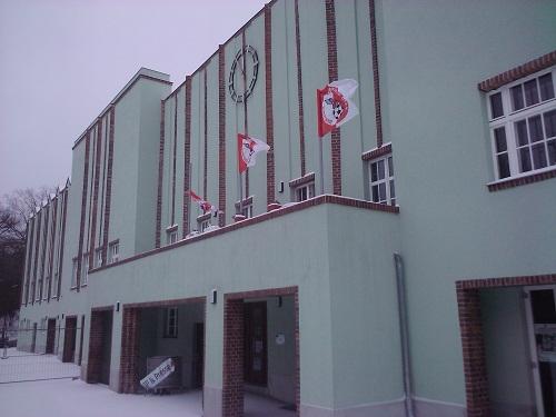 Der Meisterbalkon des Berliner AK am Poststadion