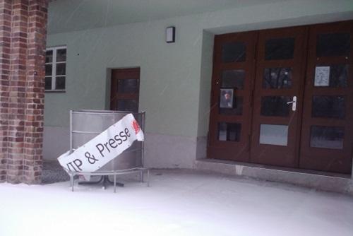 Vip- und Presseeingang im Poststadion des Berliner AK