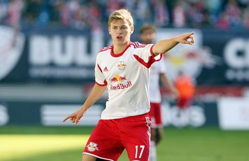 Gott war er jung und süß und nun will er mit Bayern an RB vorbei. Joshua Kimmich bei seinem Debüt bei RB Leipzig in der 3.Liga gegen Unterhaching. | GEPA Pictures - Sven Sonntag