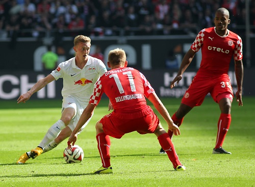 Gerade noch Rechtsverteidiger, schon Zwei-Tore-Stürmer - Georg Teigl sichert bei Fortuna Düsseldorf mit seinen Treffern einen Punkt | GEPA Pictures/Citypress24 - Darius Simka