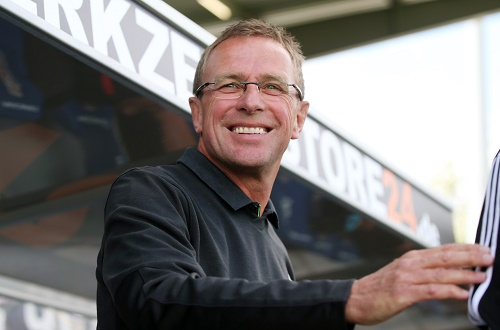 Trotz durchwachsenem Spiel viel Freude an der Rückkehr auf die Trainerbank gehabt - Ralf Rangnick beim 1:0 von RB Leipzig beim FSV Frankfurt | GEPA Pictures - Roger Petzsche