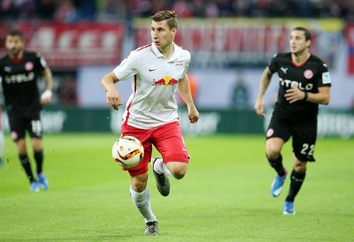 Innenverteidiger mit fußballerischen Qualitäten - Willi Orban startet als Neuzugang voll durch | GEPA Pictures - Roger Petzsche