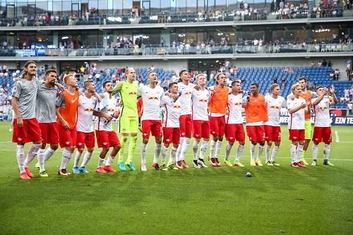 Froh über den Punktgewinn: RB Leipzig in Hoffenheim. Simon Hofmann/Bongarts/Getty Images