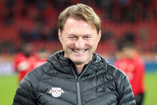 Der glücklichste Trainer der Bundesliga: Ralph Hasenhüttl. | GEPA Pictures - Roger Petzsche