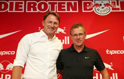 Ralph Hasenhüttl und Ralf Rangnick im Sommer 2016 zu Beginn der gemeinsamen Arbeit. | GEPA Pictures - Roger Petzsche