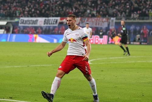 Verdienter Jubel. Willi Orban sorgt gegen Hertha BSC für die Entscheidung. | GEPA Pictures - Roger Petzsche