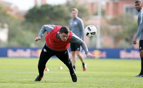 Kyriakos Papadopoulos durfte sich in Portugal nur im Training voll reinhängen. | GEPA Pictures - Roger Petzsche