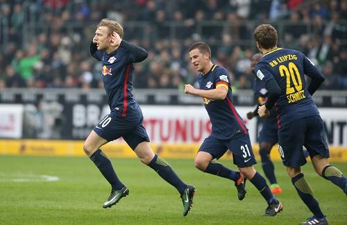 Emil Forsberg macht im Spiel bei Borussia Mönchengladbach wieder mal den Unterschied. | GEPA Pictures - Roger Petzsche