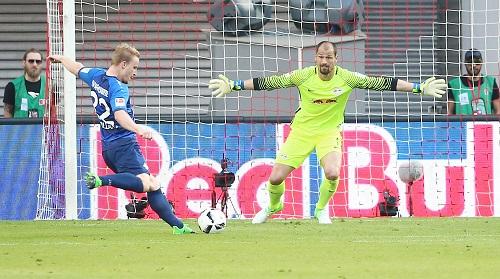 Fabio Coltorti hielt mit ein bisschen Glück bei seinem Debüt in der Bundesliga die Null. | GEPA Pictures - Kerstin Kummer
