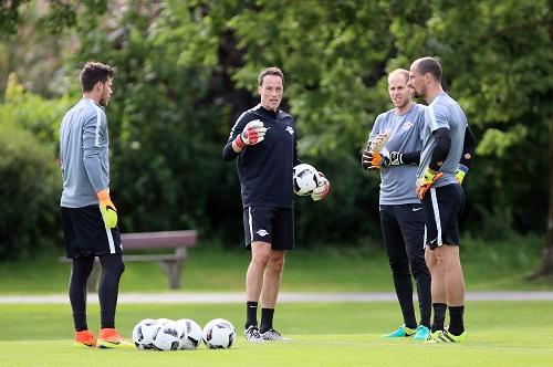 Der Torhüterkreis bei RB Leipzig wird sich kommende Saison noch mal verändern. | GEPA Pictures - Roger Petzsche