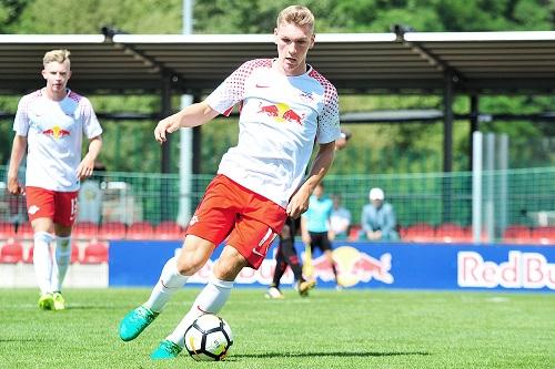 Neuzugang Nicolas Stierlin machte gegen Eintracht Frankfurt sein erstes Spiel für RB Leipzigs U19. | Foto: Dirk Hofmeister