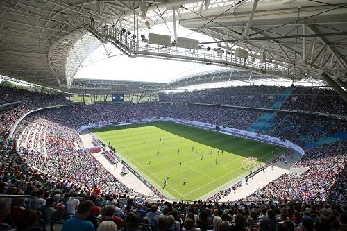 In der Red Bull Arena sind diese Saison weniger Plätze besetzt als noch in der Vorsaison. | GEPA Pictures - Roger Petzsche