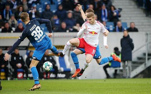 Chancenlos war RB Leipzig und chancenlos war Timo Werner gegen die TSG Hoffenheim. | GEPA Pictures - Roger Petzsche