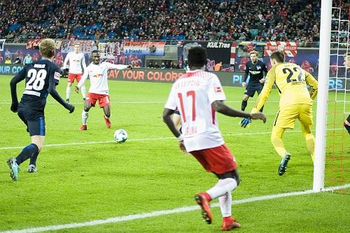 Unglaublilch, aus was für Möglichkeiten RB Leipzig keine Tore machte. | Foto: Dirk Hofmeister