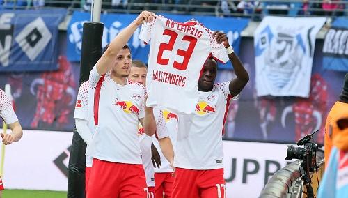 Einmal durfte man bei RB Leipzig gegen den HSV jubeln und Marcel Halstenberg grüßen. | GEPA Pictures - Sven Sonntag