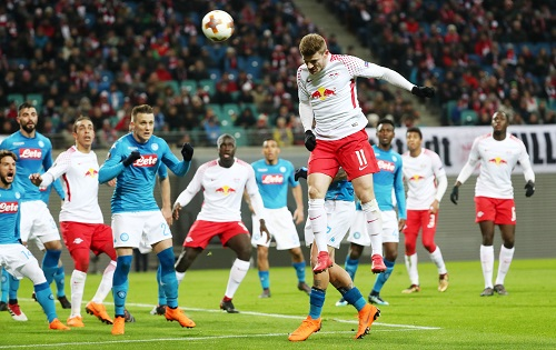 So viel Offensivdynamik wie in dieser Situation gab es auf Seiten von RB Leipzig gegen den SSC Neapel nur selten.   GEPA Pictures - Sven Sonntag