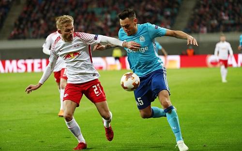 Konrad Leimer lieferte sich mit Lucas Ocampos heiße Duelle, musste aber in der zweiten Halbzeit verletzungsbedingt vom Platz. | GEPA Pictures - Roger Petzsche