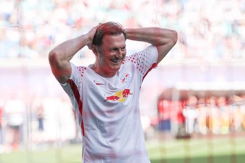 Ralph Hasenhüttls letzter Auftritt bei RB Leipzig machte ihm viel Spaß. Zwei Tage später ging es abwärts. | GEPA Pictures - Roger Petzsche