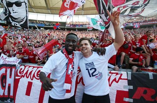Zwei Spieler, die man aus unterschiedlichen Gründen nächste Saison bei RB Leipzig vermissen wird. | GEPA Pictures - Roger Petzsche
