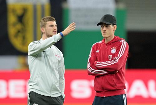 Timo Werner und Sebastian Rudy könnten demnächst Teamkollegen werden. Überraschenderweise nicht in München, sondern bei RB Leipzig. | GEPA Pictures - Roger Petzsche