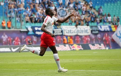 Ibrahima Konaté war absoluter Man of the Match bei der Partie zwischen RB Leipzig und Universitatea Craiova. | GEPA Pictures - Sven Sonntag
