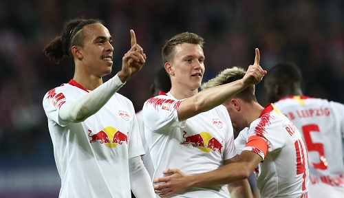 Matchwinner unter sich: Yussuf Poulsen und Lukas Klostermann | GEPA Pictures - Roger Petzsche