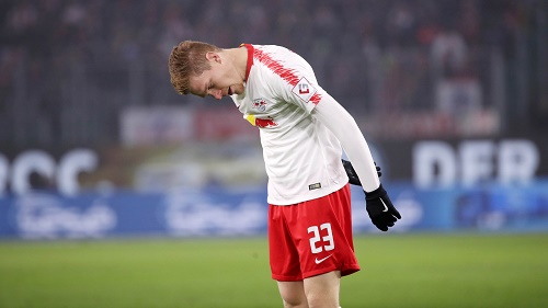 Ein Tag zum Vergessen, nicht nur für Marcel Halstenberg. | GEPA Pictures - Sven Sonntag