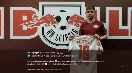 Emile Smith Rowe bei seiner Vorstellung bei RB Leipzig. | Foto: Screenshot twitter.com/dierotenbullen