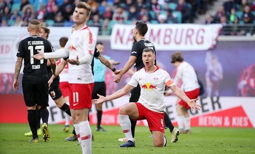RB Leipzig gegen den FC Augsburg: Symbolbild. | GEPA Pictures - Sven Sonntag
