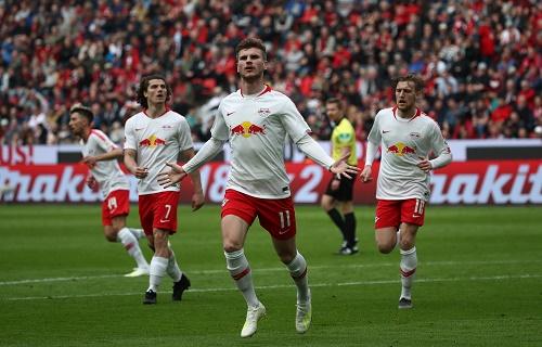 Timo Werner brachte mit einem schönen Treffer die Wende im Spiel bei Bayer Leverkusen. | GEPA Pictures - Roger Petzsche