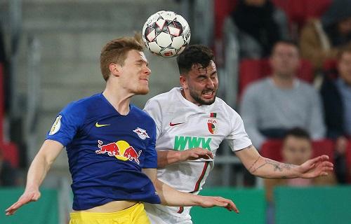 RB Leipzig setzt sich nach hartem Kampf beim FC Augsburg durch. | GEPA pictures - Thomas Bachun